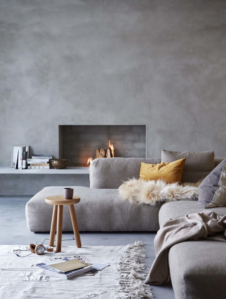 Stue: Nyanser av grått! En spennende miks av materialer og strukturer gir lune omgivelser og gjør at én farge føles som flere.