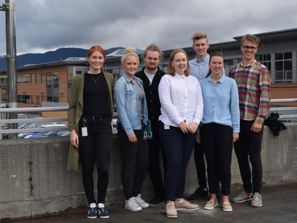 Studentene, fra venstre: Karoline Tynes, Andrea Isaksen Schmidt, Martin Lødemel, Ragnhild Leine Grebstad, Adrian Hofseth, Martha Risnes og Markus Joakim Lid.